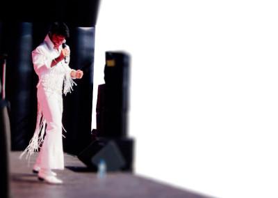 Gary King as Elvis